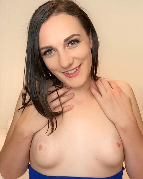 Clara Dee