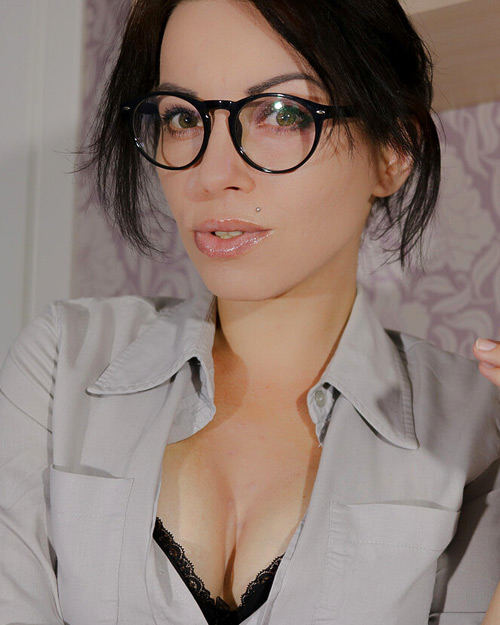 Lisa Dove