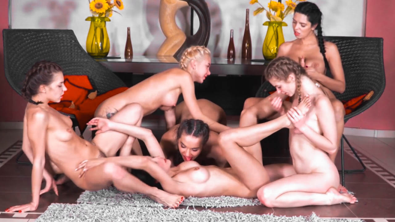 6-girl Action With Foot Fetish Fun