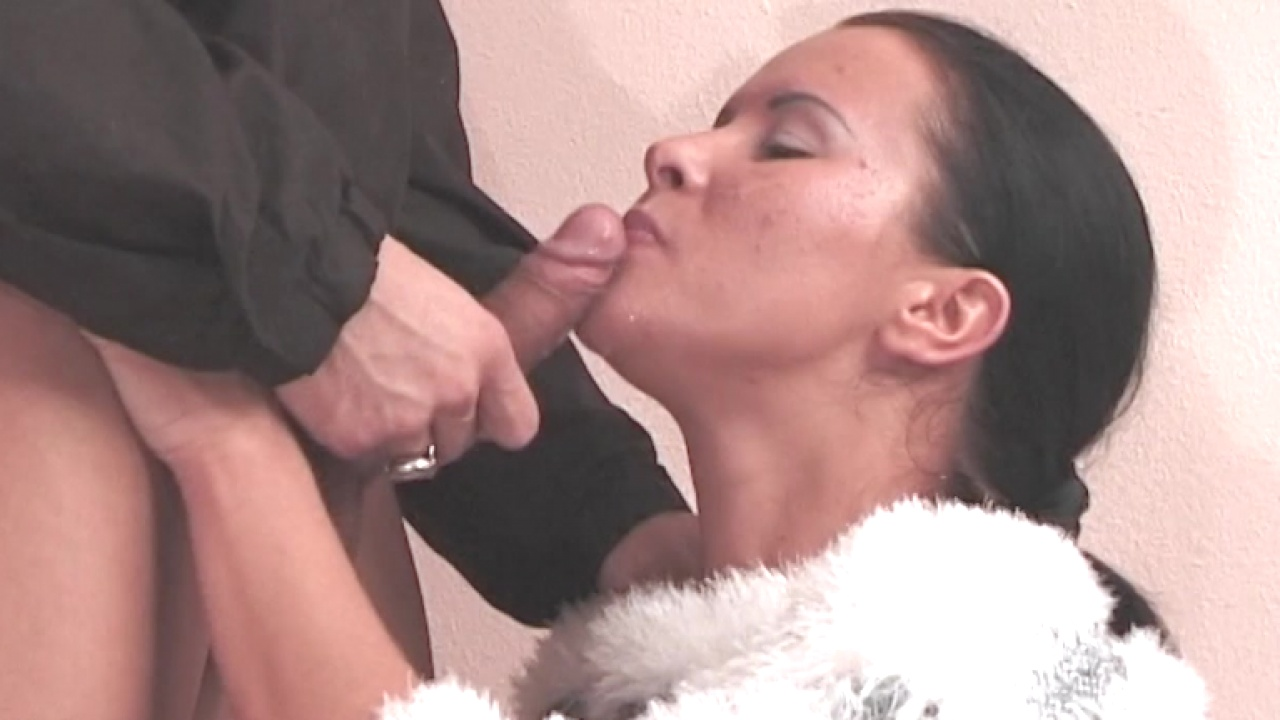 Anal Street Fucking For Horny Couple