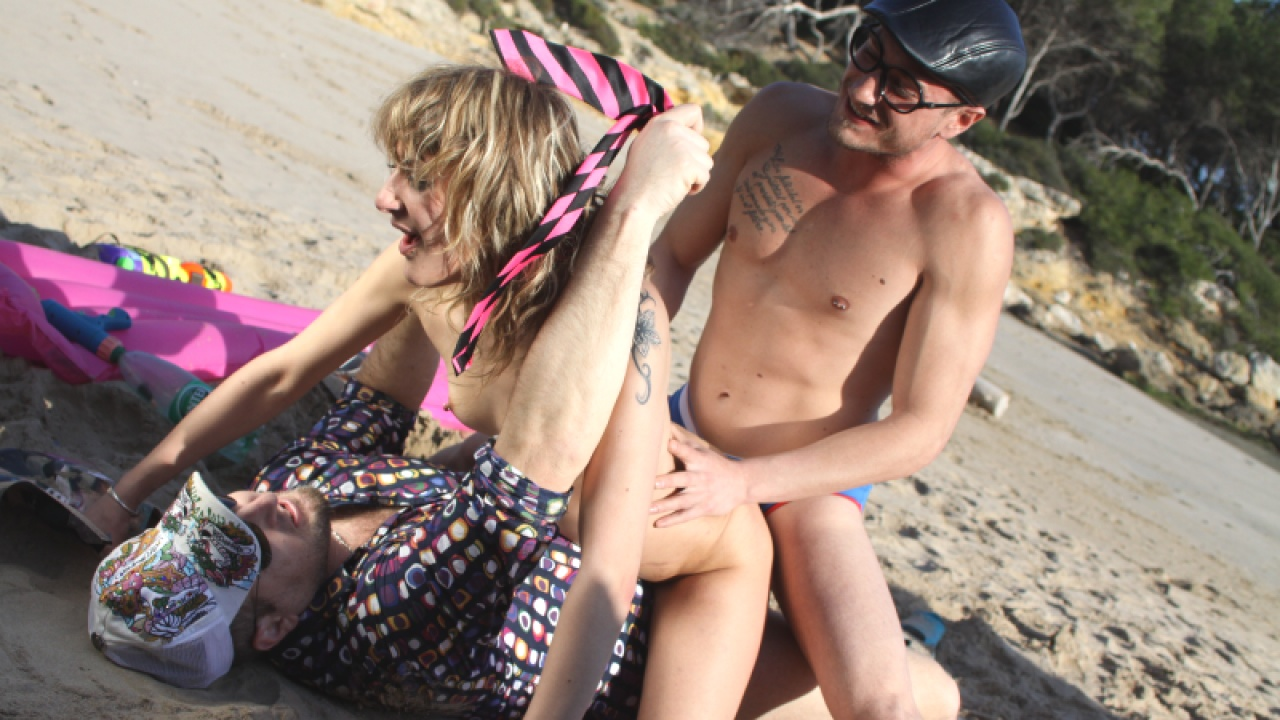 Beach Pervert Joins Couple For Threesome