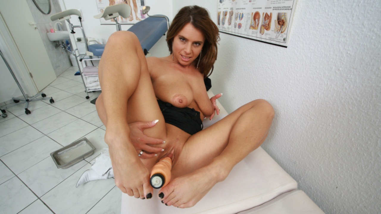 Brunette Slut Loves Her Dildo At The Doctor