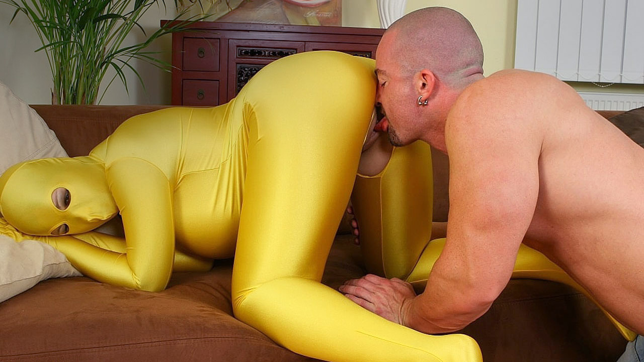 Brunette With Massive Tits Gets Fucked In Spandex