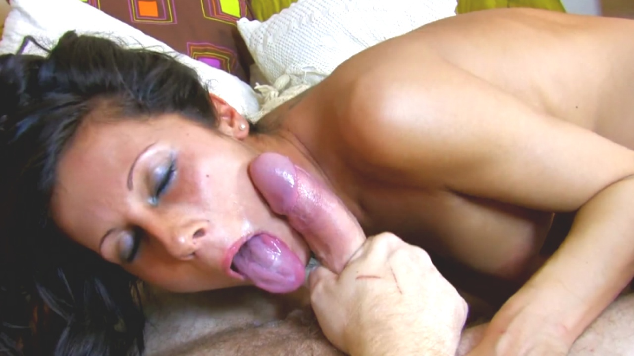 Hot Brunette Gets Massive Facial