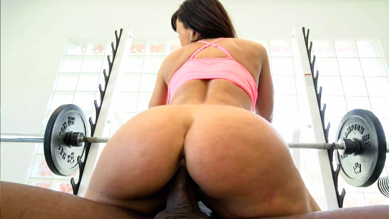 Milfs Go Black For More: Lisa's Ultimate Workout, The Video