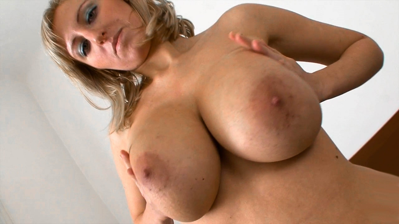 Sexy Striptease And Fingering With Czech Hottie
